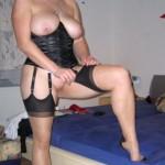 Hausfrau sucht Sextreffen und lässt sich tabulos ficken!