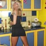 Nymphomane Blondine steht auf spontane Hausfrauen Sex Treffen